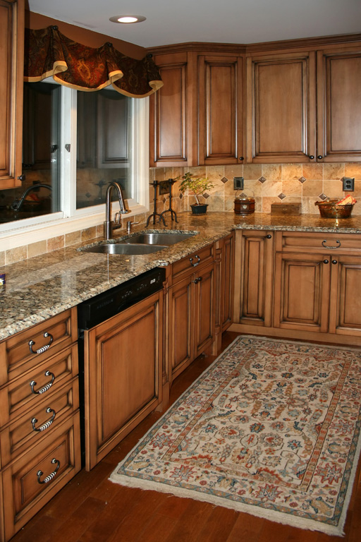 Amazing Kitchen Backsplash with Maple Cabinets 512 x 768 · 183 kB · jpeg
